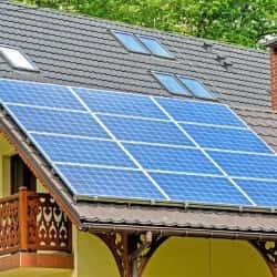 panele polikrystaliczne na dachu - wygląd